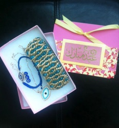 ~ Beautiful Eid presents & handwritten card from the lovely Yolla of TheChiqJewelry. Thank You and cant wait to wear it on Eid ~