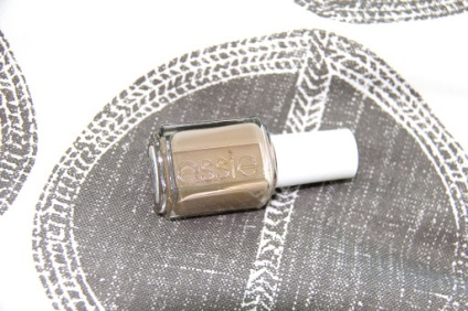 ~ Nude polish that I am currently loving ~